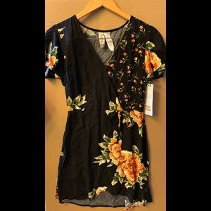 NWT Mimi Chica Black Floral Mini Dress Sz M